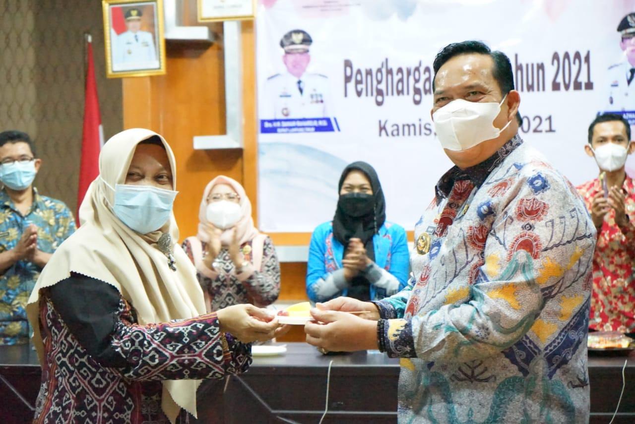 Melalui  Zoom Meeting, Wabup Azwar Hadi Menerima Penghargaan Kabupaten/Kota Layak Anak  Tahun 2021